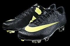 Nike CR Mercurial Vapor SuperFly - 01
