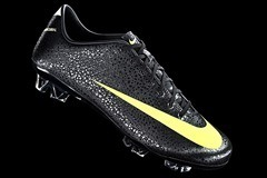 Nike CR Mercurial Vapor SuperFly - 02