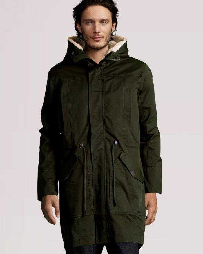 0b67fbb2ca565 Parkas  La parka sería como una especie de abrigo informal y es que muchos  hombres apuestan por un estilo de chaqueta que vaya con lo urbano
