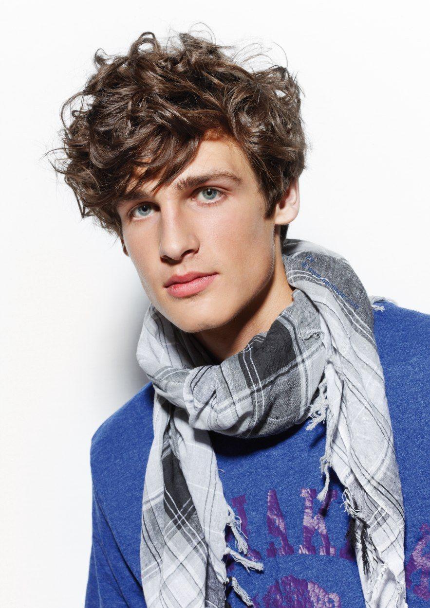 Rápido y fácil peinados modernos hombre pelo rizado Galería de cortes de pelo Ideas - Cortes de pelo y peinados para hombres con cabello ...