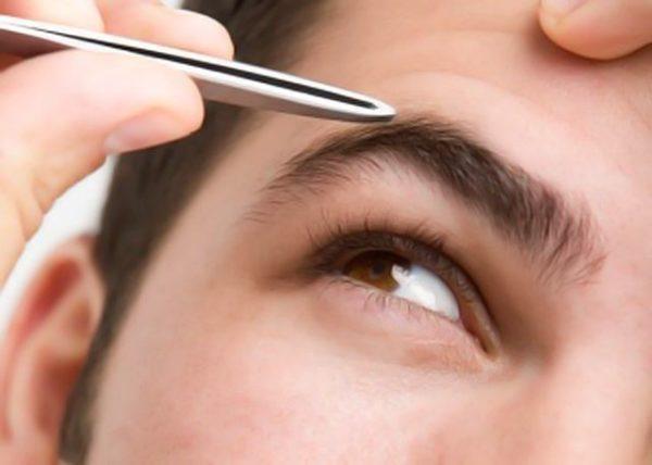 Cómo depilar el arco y la ceja