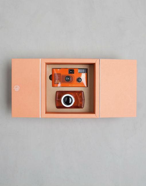 perfume-low-cost-pull-and-bear-regalo-camara-naranja