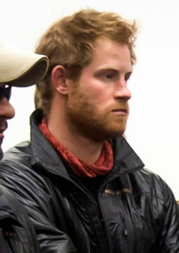 los-mejores-cortes-de-pelo-y-peinados-de-celebridades-hombres-principe-harry