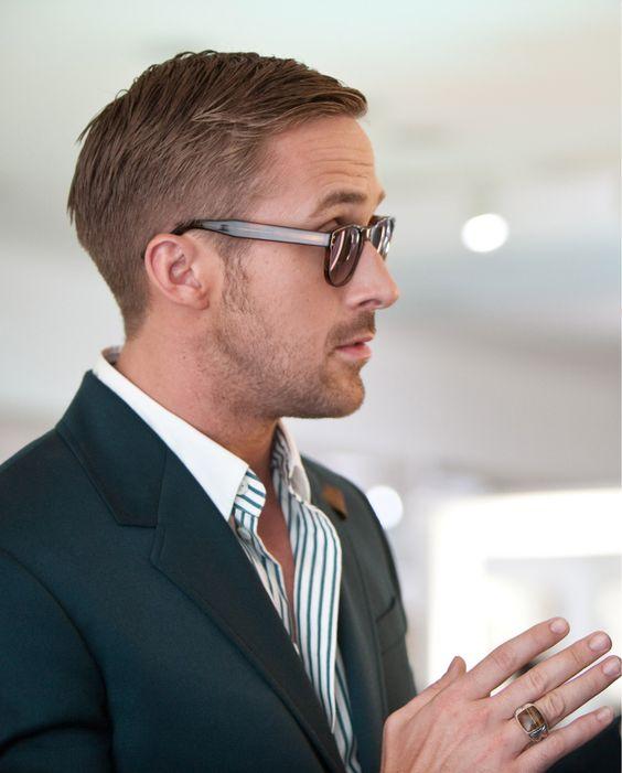 peinados-ryan-gosling-peinado-raya-lado-ligeramente-rapado