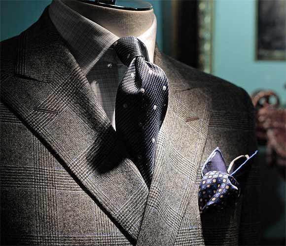 elegir-un-traje-consejos-y-trucos-la-americana