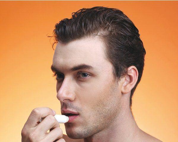 Cuidado de la piel hombres-labio
