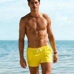 tendencias-banadores-hombre-verano-2013-h-y-m-corto-amarillo
