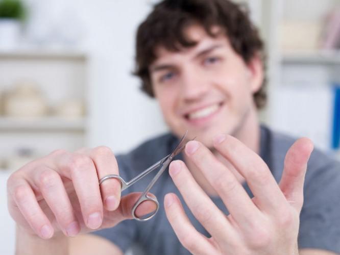 10-trucos-para-ser-mas-jovenes-cuidado-de-manos-y-unas