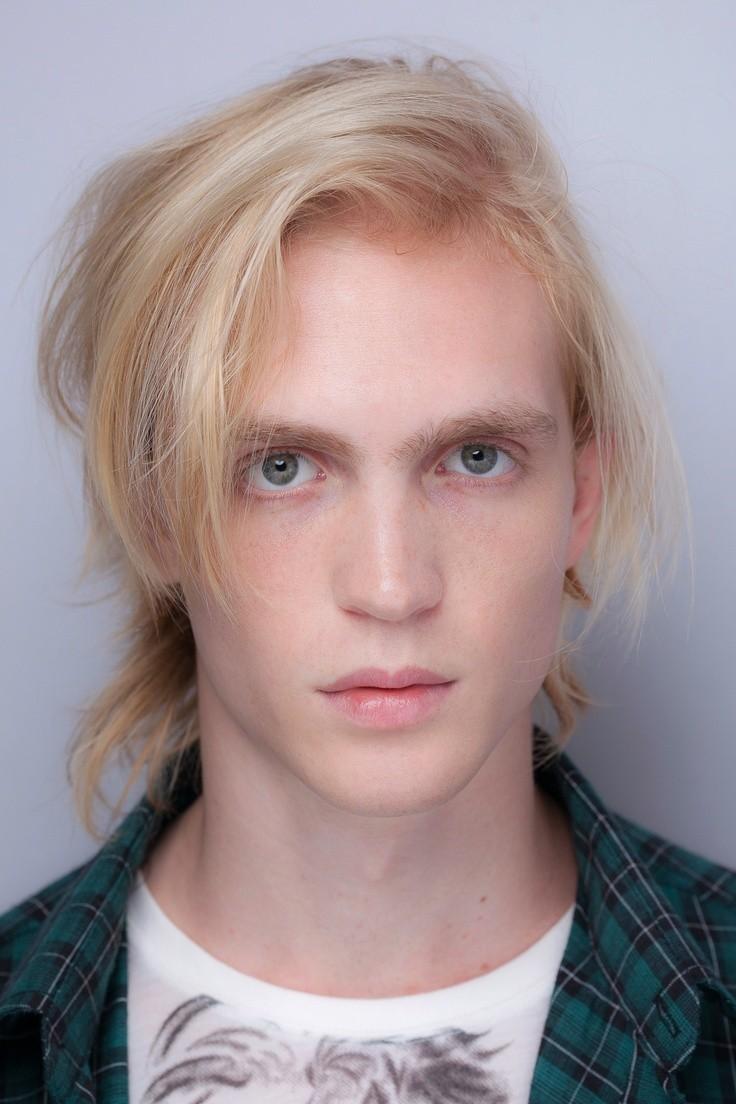 las-fotos-de-cortes-de-cabello-de-hombre-2013-pelo-largo-pelo-fino