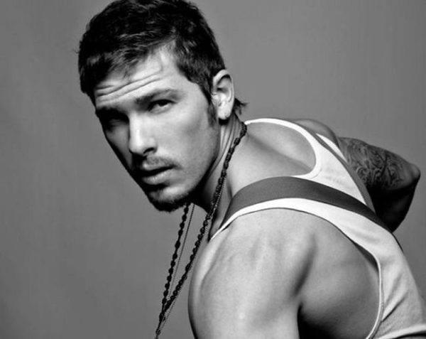 los-10-mejores-modelos-hombres-del-mundo-2013-Adam-Senn