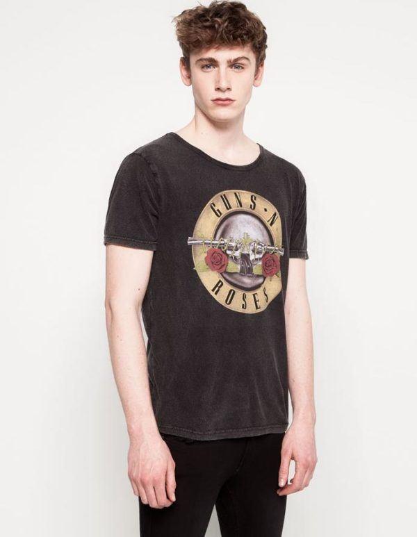 tendencias-camisetas-hombre-verano-2014-camiseta-musical-pull-and-bear