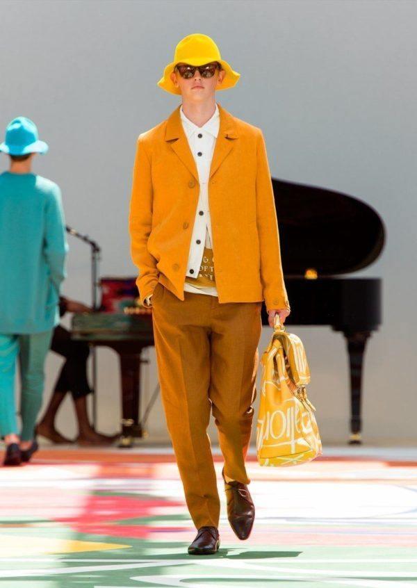 burberry-prosurm-primavera-verano-2015-chaqueta-abrigo-naranja