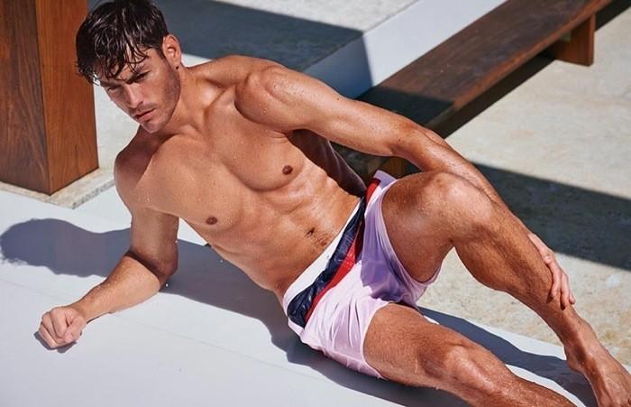 tendencias-banadores-hombre-verano-2014-bañador-blanco-calzedonia
