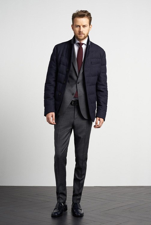 tommy-hilfiger-otono-invierno-2014-2015-chaqueta-acolchada-traje-gris