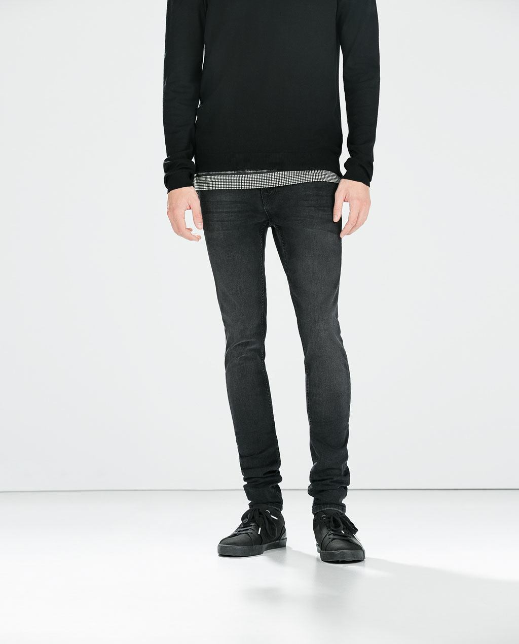 moda-pantalones-y-jeans-vaqueros-hombre-otono-invierno-2014-2015-tendencias-modelo-skinny-zara
