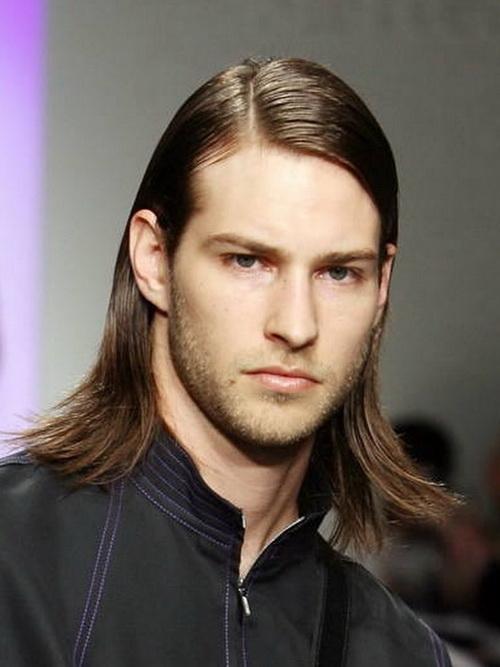 tambin con el pelo largo