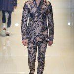 tendencias-camisetas-hombre-2014-pantalon-de-traje-de-flores-de-gucci