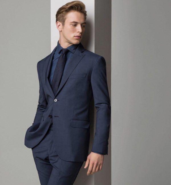 tendencias-trajes-hombre-2015-traje-azul-de-massimo-dutti