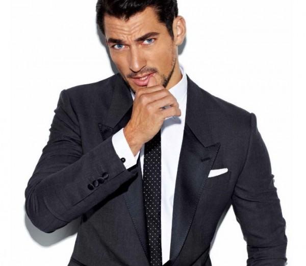 Traje corbata camisa negra