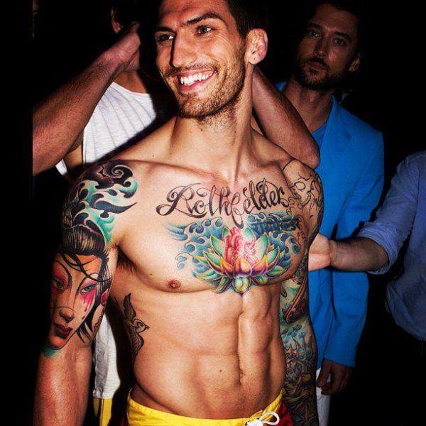 famosos-adam-von-rothfelder-las-fotos-de-tatuajes-de-hombre