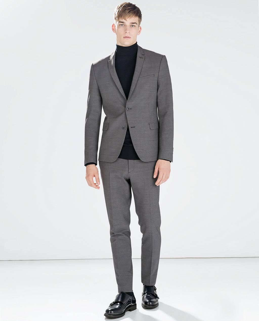 moda-nochevieja-hombre-2014-2015-traje-gris-jersey-cuello-cisne-de-zara