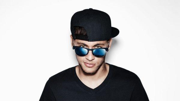 tendencias-gafas-de-sol-2015-modelo-de-police-de-espejo