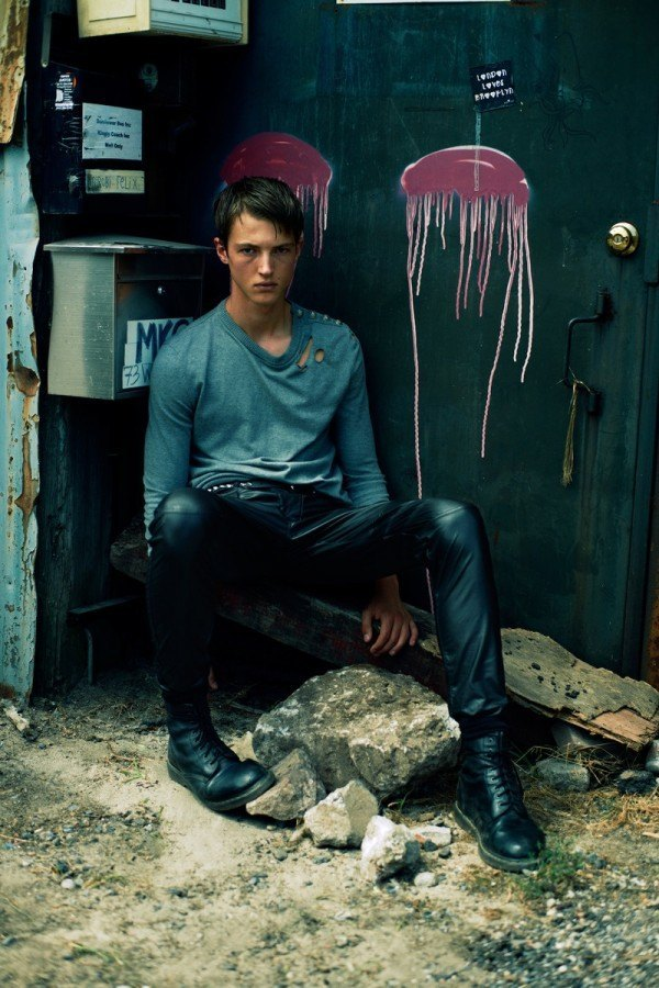 tendencias-y-estilos-en-moda-para-hombre-2014-tendencias-pantalones-y-jeans-hombre-2014