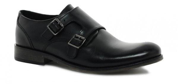 tendencias-zapatos-y-zapatillas-2014-calzado-hebillas