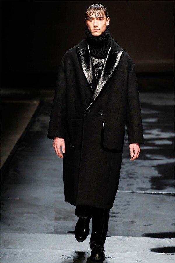 topman-design-hombre-otono-invierno-2014-2015-abrigo-largo-solapa-cuero