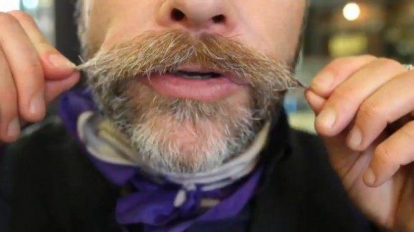 Cómo recortarse el bigote