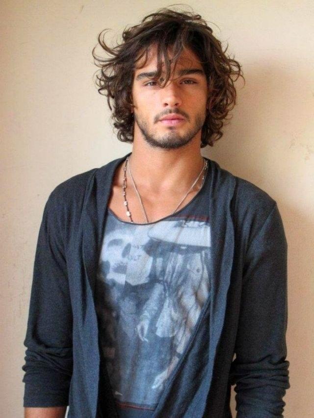 los-mejores-cortes-de-cabello-para-hombre-otoño-invierno-2014-2015-pelo-largo