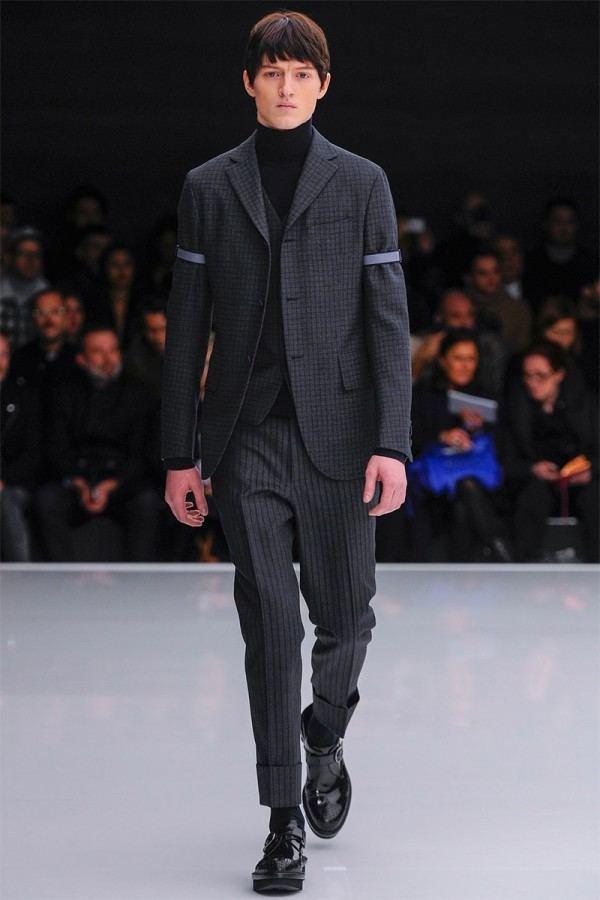 z-zegna-otono-invierno-2014-2015-traje-gris-oscuro