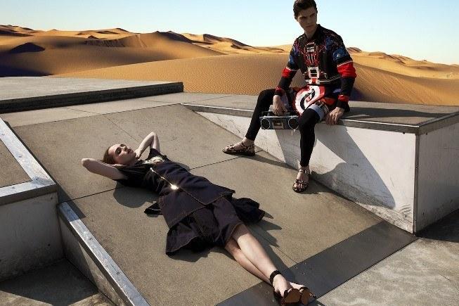 la-primavera-verano-2014-para-hombre-de-givenchy-estilo-futurista
