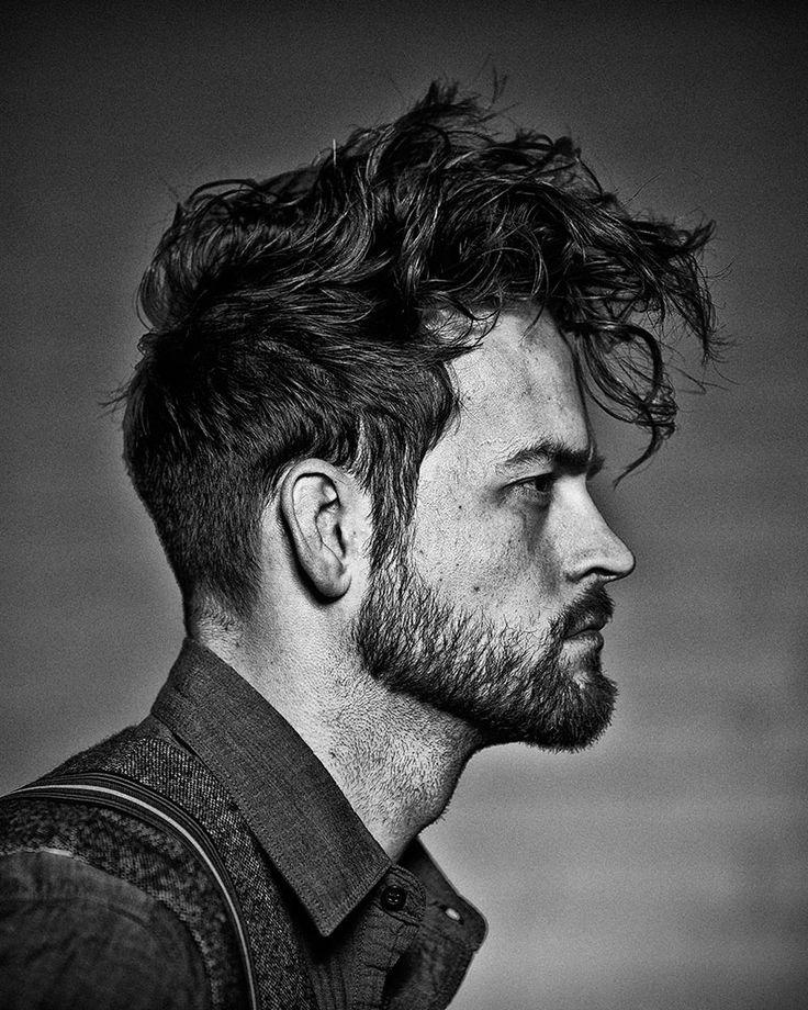 cortes-de-pelo-y-peinados-para-hombres-otoño-invierno-2014-2015-cabello-corto-tupe-despeinado