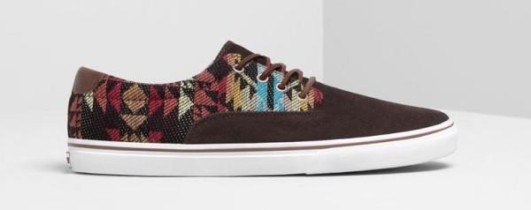 tendencias-calzado-zapatos-zapatillas-y-sandalias-para-hombre-primavera-verano-2014-zapatillas-etnico-pull-and-bear
