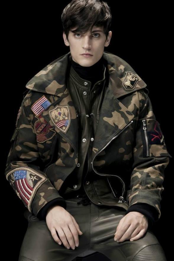 balmain-para-hombre-otono-invierno-2014-2015-chaqueta-militar-parches-bandera