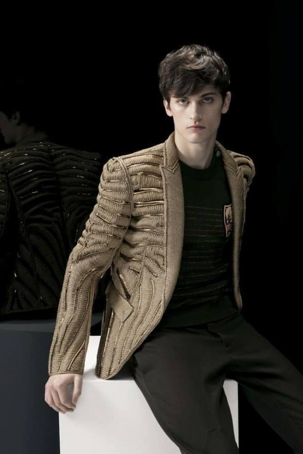 balmain-para-hombre-otono-invierno-2014-2015-chaquetas-apliques-metalicos