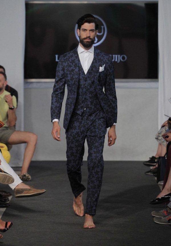 lander-urquijo-hombre-primavera-verano-2015-traje-tres-piezas-estampado-floral