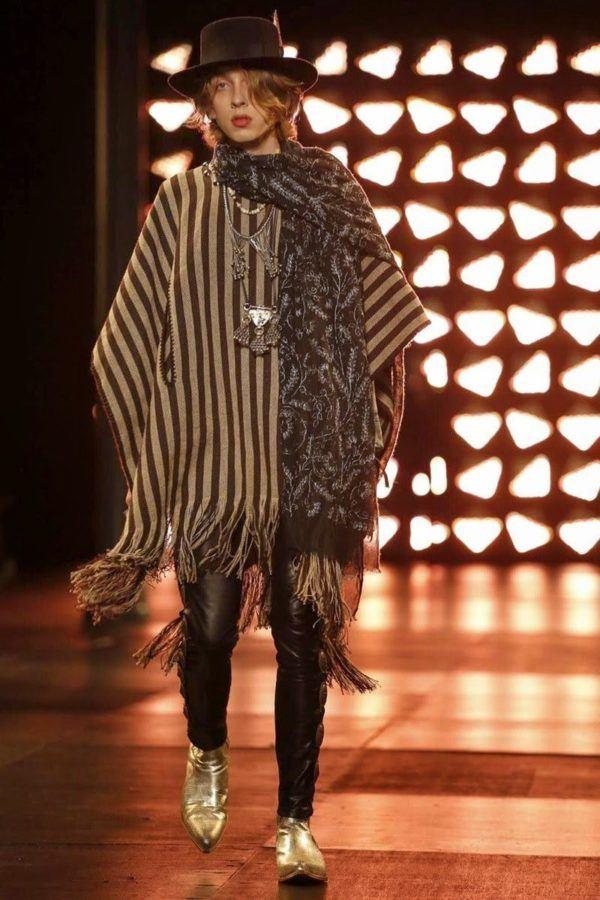 saint-laurent-hombre-primavera-verano-2015-poncho-estampado-flecos