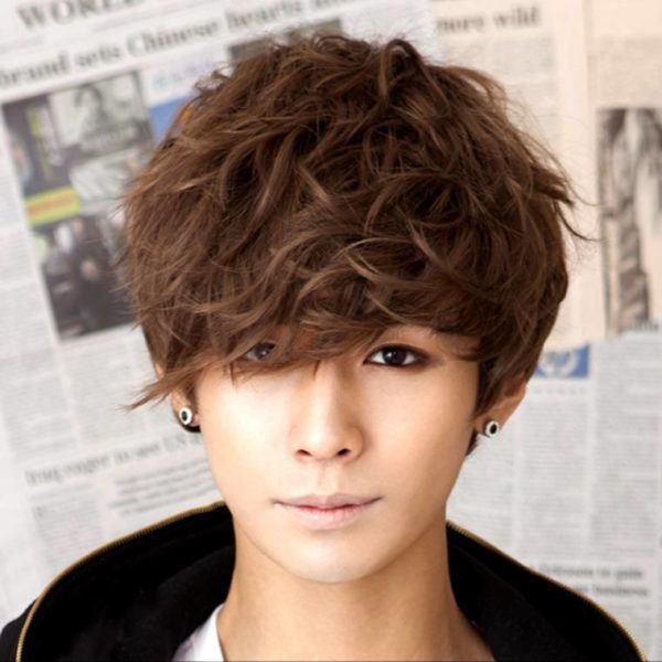 cortes-de-cabello-japoneses-y-coreanos-para-hombres-2015-2016-peinado-coreano-con-mucho-flequillo