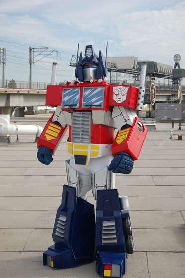 las-mejores-fotos-de-disfraces-originales-para-hombre-halloween-2014-disfraz-de-optimus-prime