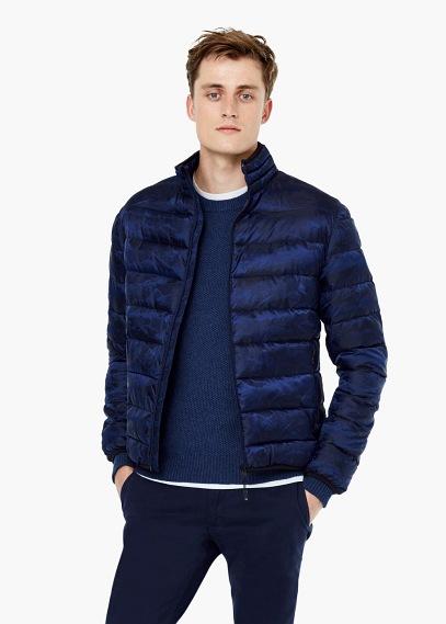 moda-abrigos-y-chaquetas-hombre-otono-invierno-tendencias-2015-2016-chaqueta-acolchada-azul-mango