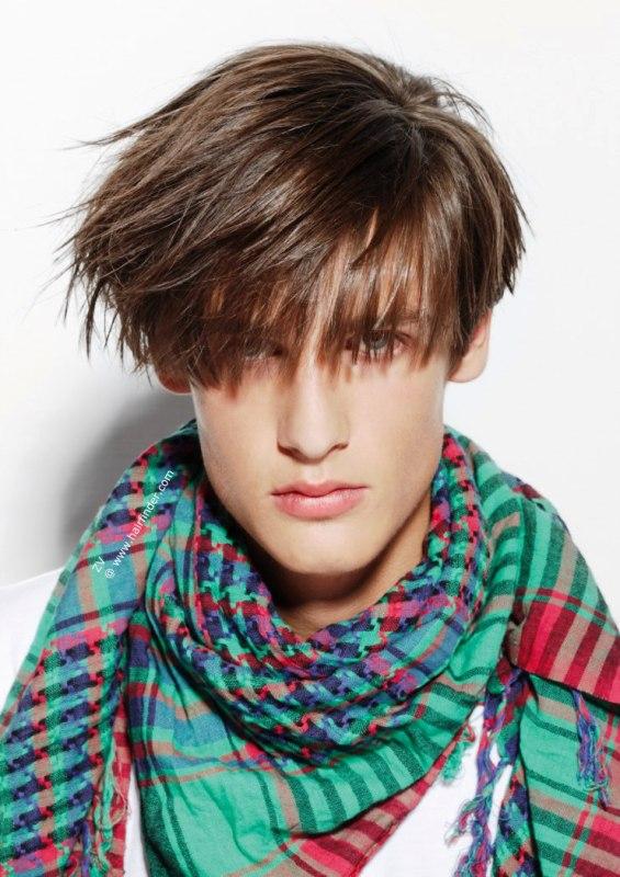 los-mejores-cortes-de-cabello-hombre-2015-cabello-largo-con-flequillo