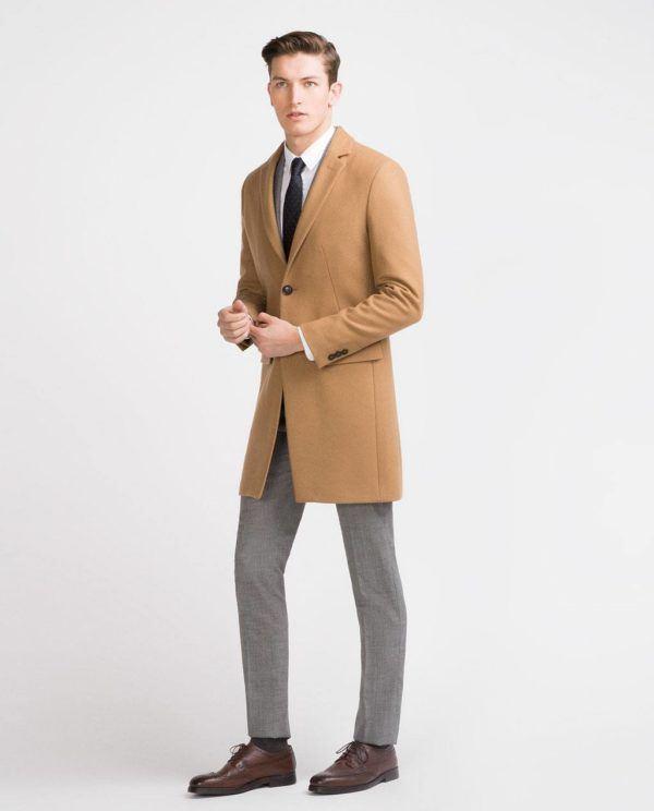 moda-hombre-navidad-2015-abrigo-color-camel-zara