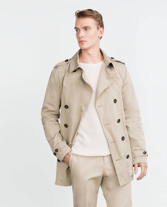 tendencias-en-ropa-para-hombre-otono-invierno-2015-2016-trench-cruzado