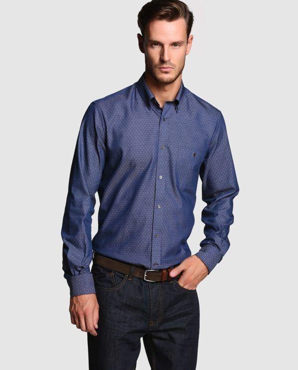 catalogo-el-corte-ingles-2016-tendencias-moda-hombre-camisa-azul-estampada