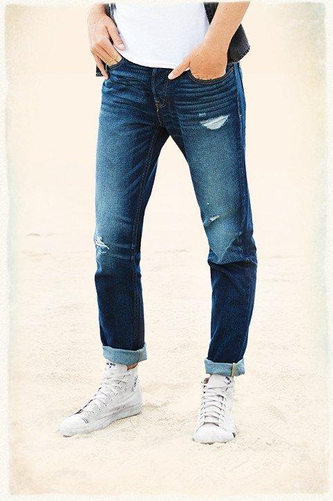 catalogo-hollister-2015-tendencias-moda-hombre-jeans--clasico