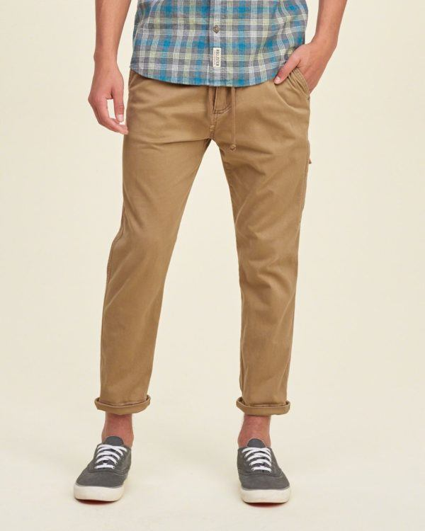 catalogo-hollister-2016-tendencias-hombre-pantalon-sarga-largo