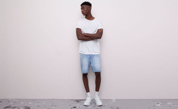 catalogo-pull-and-bear-2015-tendencias-moda-hombre-primavera-verano-bermuda-denim