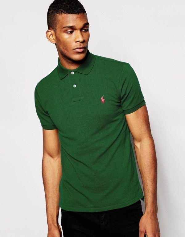 como-combinar-bien-el-verde-polo-de-ralph-lauren-verde-con-pantalon-negro